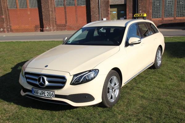 Mercedes Benz Ansicht von Vorne